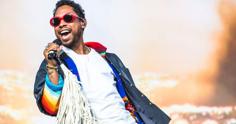 Why You Should See Miguel Live